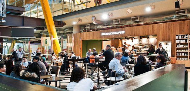 UGT y CCOO trasladan al PSOE su preocupación por el modelo concesional de hostelería en aeropuertos