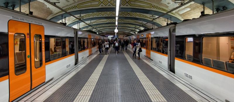 El Comité de empresa del Metro de Barcelona seguirá con los paros del lunes, a la espera que se avance en las negociaciones con la dirección