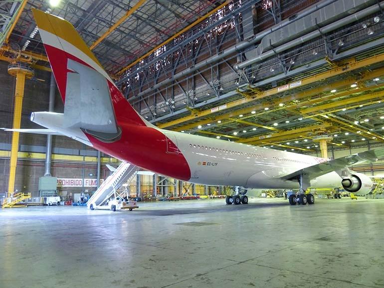 Iberia renueva el contrato de mantenimiento en línea con Vueling