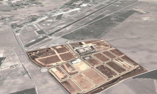 El flamante Alcalde debe retomar el futuro aeronáutico de Albacete