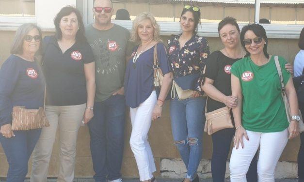 Concentración de delegadas de limpieza de Murcia en defensa de su convenio