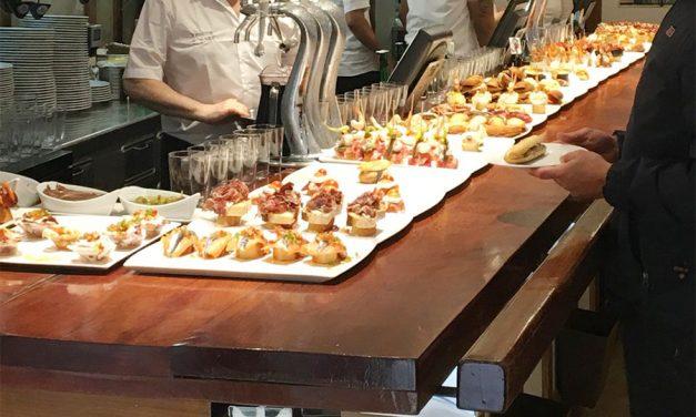 La UGT firma un preacuerdo para el Convenio de Hostelería de Navarra, con un incremento salarial del 7,5% en los tres años de vigencia y cláusula de revisión