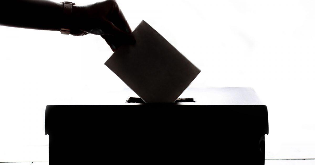 A pesar de la decepción, el próximo 10-N acudamos a votar