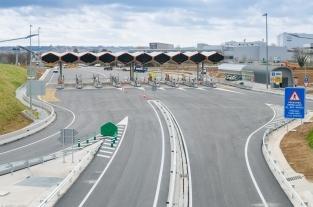 Fomento incumple el compromiso adquirido de subrogar a los trabajadores de autopistas