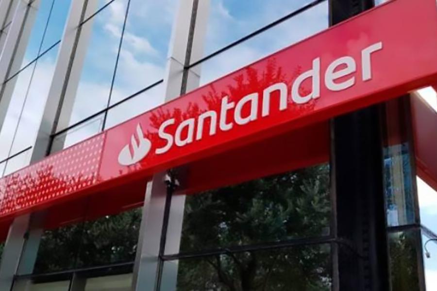 El Juzgado de lo Social obliga al call center del Banco Santander a aplicar el convenio colectivo de este sector en Cantabria