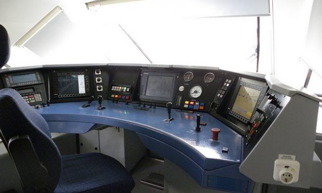 RENFE Viajeros | Comercial y Conducción | La plantilla participará en la configuración del nuevo uniforme