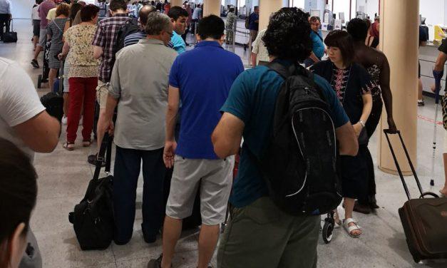 Check-in y Venta de Billetes | UGT defenderá que la OPE de LogiRAÍL oferte tantas plazas como contratos hay en el servicio