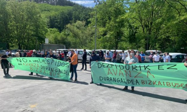 Denuncian despidos en las líneas de Bizkaibus Avanza Durangaldea