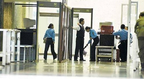El convenio de servicios auxiliares tiene que atender las reclamaciones de los trabajadores del sector