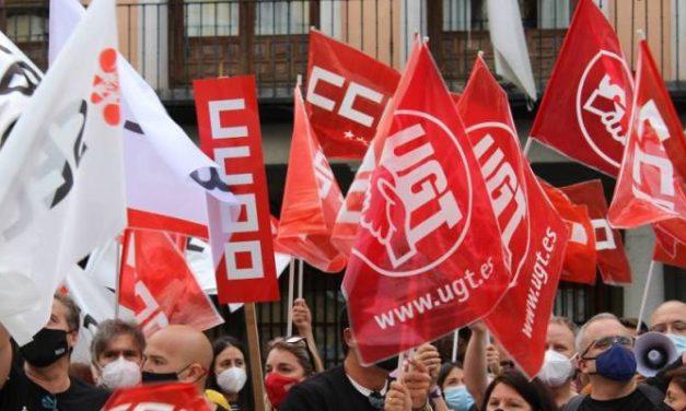 La plantilla de CaixaBank se concentran en Toledo para exigir mejores condiciones en el ERE