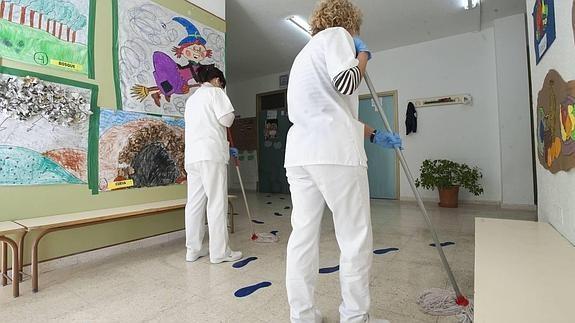 UGT convoca huelga en el sector de la limpieza en Córdoba y provincia